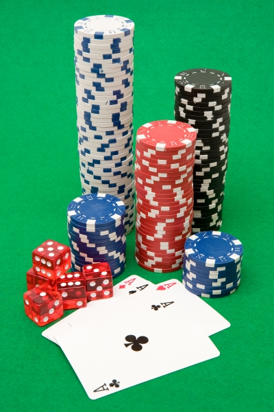 42816-poker-equipment